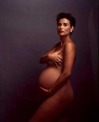 Demi Moore - © Annie Leibovitz